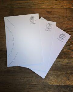 Contented_briefpapier_huisstijl_maken